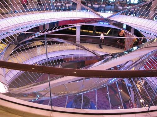 3Koningsdam atrium